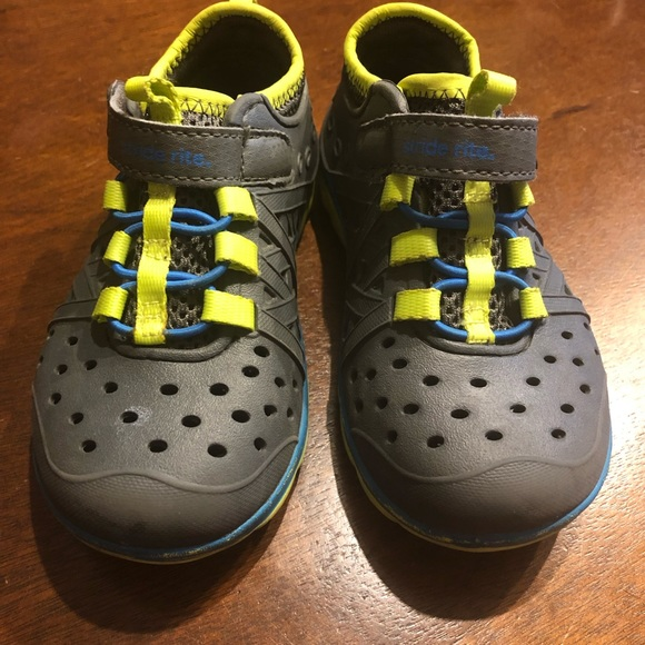 Stride Rite Other - Stride Rite Boys Shoes